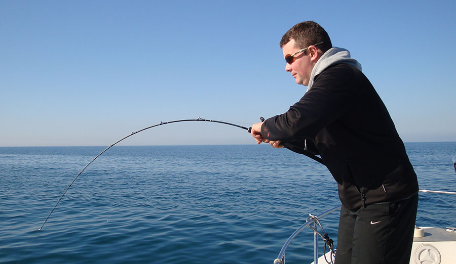 canne e mulinelli per pescare a kabura e tenya fishing