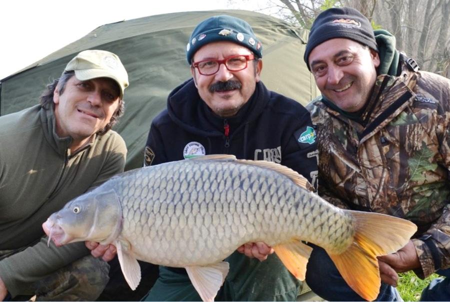Pesca a carpfishing sul Po Piacentino Con Agostino Zurma